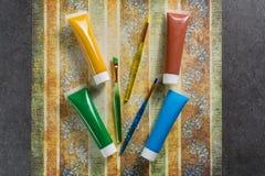 Farben der Natur - Mischung von Grünem, von Blauem, von Gelbem und von Braunem - h Lizenzfreie Stockfotos
