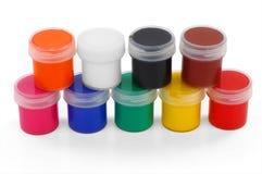 Farben der verschiedenen Farben und des dünnen Malerpinsels Lizenzfreies Stockbild