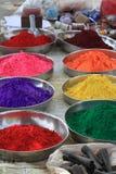 Farben des glücklichen heiligen Festivals Indien Stockbilder