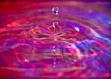 Farben-Wasser-Tropfen Lizenzfreie Stockfotografie