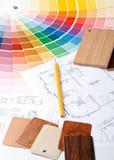 Farbenanleitung, materielle Proben und Lichtpause stockbilder