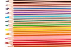 Farbenbleistifte auf Weiß Stockbild