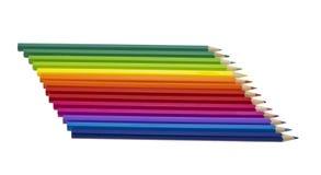 Farbenbleistifte von Farben eines Regenbogens. Lizenzfreies Stockbild