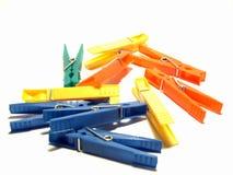 Farbenclips für Kleidung Lizenzfreie Stockfotografie