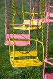 Farbenkarussellsitze lizenzfreie stockfotografie