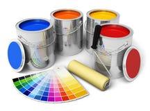 Farbenlack, Rollenpinsel und Farbenanleitung Stockbild