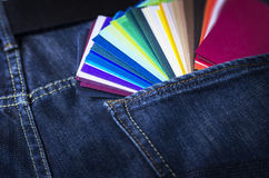 Farbenpapierproben Stockfotografie