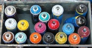 Farbenspraydosen Stockbild