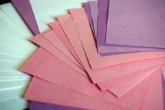farbige Blätter Papier Stockfoto