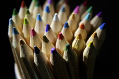 Farbige Bleistifte Stockfotos