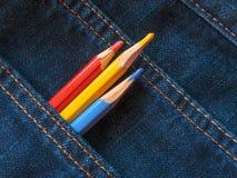 Farbige Bleistifte auf Denim Zu verwenden ist möglich, in den Internet-Projekten vektor abbildung