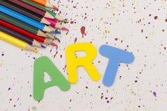 Farbige Bleistifte auf Papier Kunst Stockbild
