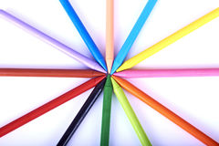 farbige Bleistifte auf weißem Hintergrund Lizenzfreies Stockbild
