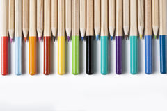 Farbige Bleistifte Bacground Stockfotos