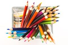 Farbige Bleistifte in einem Vase Stockfoto