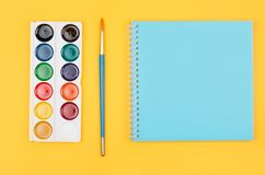 Farbige Bleistifte eingestellt Stockfotografie