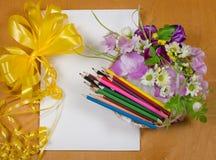 Farbige Bleistifte für das Zeichnen Stockbilder