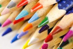 Farbige Bleistifte geschärft Makro nahaufnahme Lizenzfreies Stockfoto