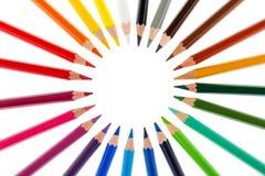 Farbige Bleistifte gestapelt in einem Kreis Stockbild
