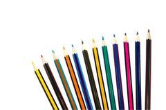 Farbige Bleistifte getrennt auf einem weißen Hintergrund Lizenzfreies Stockbild