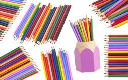 Farbige Bleistifte getrennt auf weißem Hintergrund Lizenzfreie Stockfotos