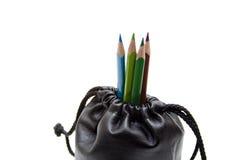 Farbige Bleistifte im Beutel Lizenzfreies Stockfoto