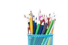 Farbige Bleistifte im Stand Lizenzfreie Stockbilder