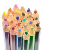 Farbige Bleistifte, lokalisiert auf dem weißen Hintergrund Lizenzfreies Stockbild