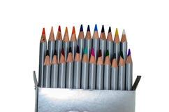Farbige Bleistifte lokalisiert auf Weiß Stockfotografie