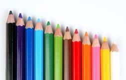 Farbige Bleistifte schief Lizenzfreie Stockbilder