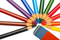 Farbige Bleistifte und Radiergummi Stockfotografie