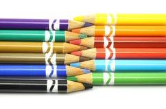 Farbige Bleistifte zusammen ausgerichtet Stockfoto