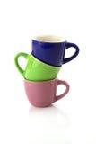 Farbige Cup ein oben auf anderes   stockfotografie