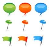 Farbige Dialogluftblase und -markierungsfahnen Stockbilder