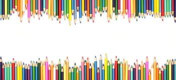 Farbige doppelte Grenze des Bleistifts lokalisiert auf einem weißen Hintergrund Zur?ck zu Schule stockfotografie