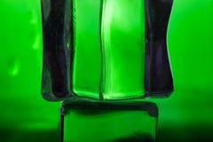 Farbige Eiswürfel Entziehen Sie Hintergrundbeschaffenheit Sehr flacher dep Lizenzfreie Stockfotos
