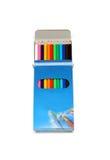 Farbige hölzerne Bleistifte in einem Kasten Lizenzfreies Stockfoto