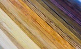 Farbige hölzerne Planken lizenzfreie stockfotografie