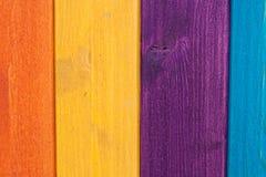 Farbige hölzerne Planken, Zaun Stockfotografie
