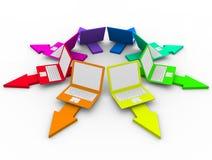 Farbige Laptope auf Pfeilen - Wahlen vektor abbildung