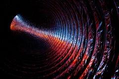 Farbige Leuchte innerhalb des Luftkanals Stockfotografie