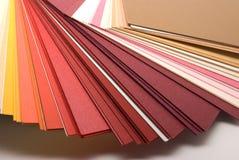 Farbige Papiere Stockbilder