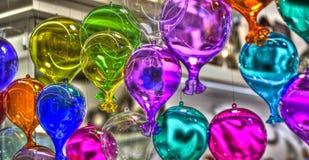 Farbige und transparente Ballone Stockfotografie