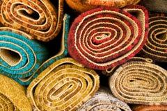Farbige Wolldecken Stockbilder