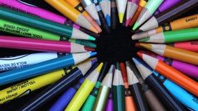 Farbige Zeichenstifte Stockfotos