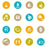 Farbiger Badekurort und Zen Icons auf Weiß Stockfoto