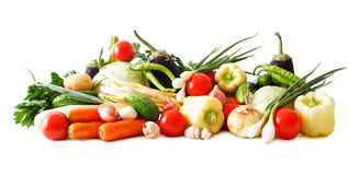 Farbiger Gemüseaufbau getrennt auf Weiß Stockfotografie