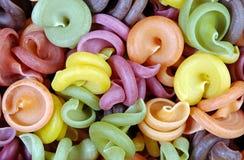 Farbiger Teigwarenbeschaffenheitshintergrund Lizenzfreies Stockbild