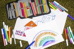 Farbiges Markierungsstiftmalen und -papier Lizenzfreies Stockbild