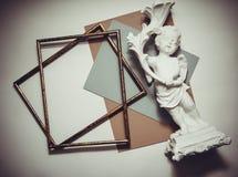 Farbiges Papier und Rahmen Stockbild